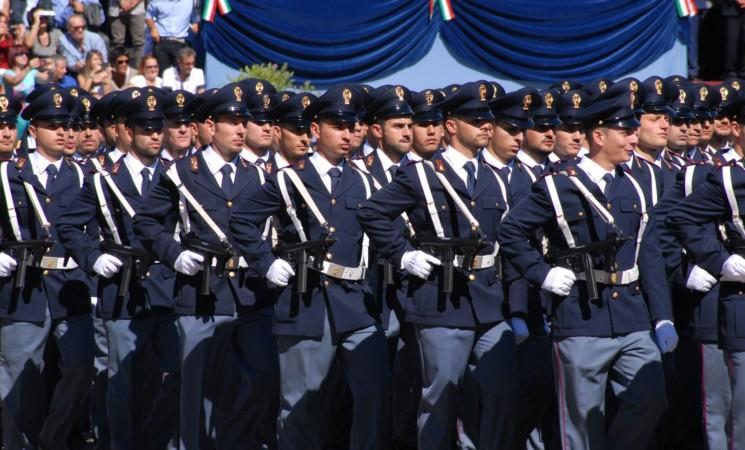 CONCORSO POLIZIA DI STATO RISERVATO A MILITARI PER 1350 POSTI, DIARIO PROVE RINVIATO: COME PREPARARSI